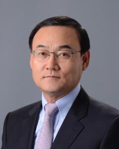 Hyun-Jong Shin